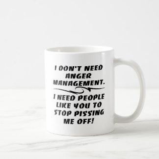 No necesito a la gestión de la cólera que necesito taza básica blanca