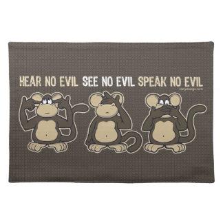 No oiga ningún humor malvado de los monos manteles