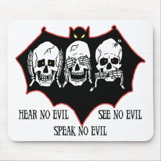 No oiga ningún mal, no vea ningún mal, no hable ni tapetes de ratones