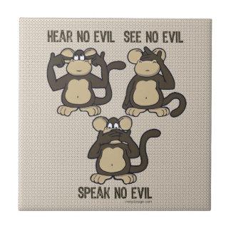 No oiga ningún mono del mal - nuevo azulejo cuadrado pequeño