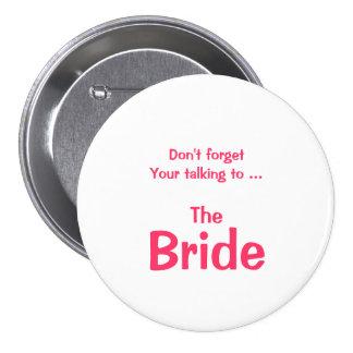 No olvide el botón de la novia pins