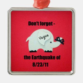 No olvide el terremoto… adorno navideño cuadrado de metal