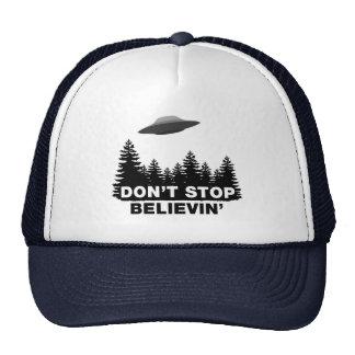 No pare Believin'… (el UFO) Gorro