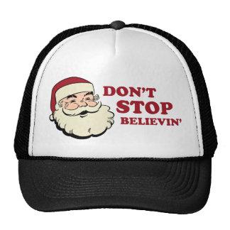 No pare el gorra del camionero de Believin Santa