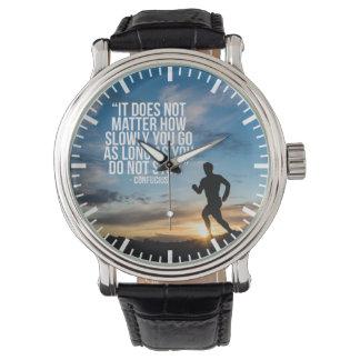 NO PARE. Entrenamiento corriente del maratón de Relojes De Mano