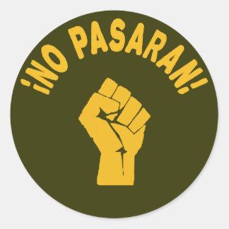No Pasaran - They Shall Not Pass Round Sticker