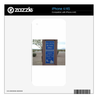 No Pets Desert Warning Sign Skin For iPhone 4