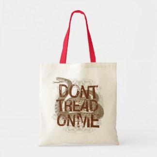 No pise en mí el tote bolsas
