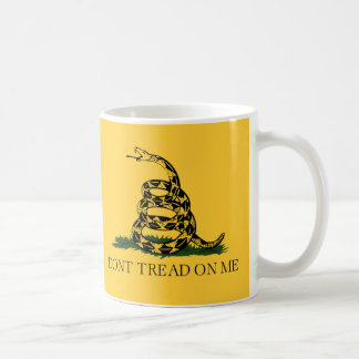 No pise en mí, fiesta del té de la bandera de taza clásica
