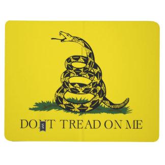 No pise en mí la bandera americana de Gadsden Cuadernos Grapados