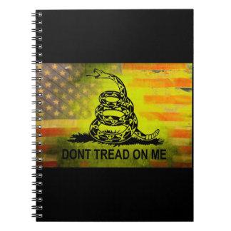 No pise en mí la bandera americana de la bandera d libretas espirales