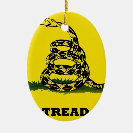 No pise en mí la bandera adorno ovalado de cerámica