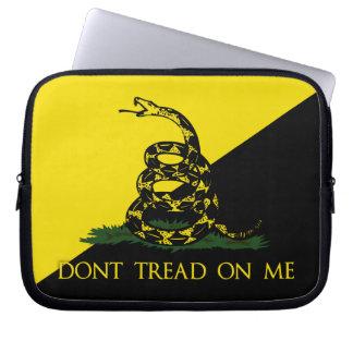 No pise en mí la bandera del anarquista fundas computadoras