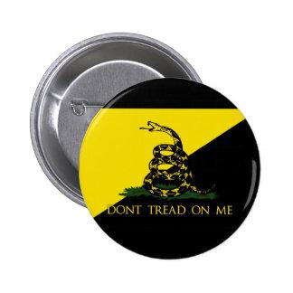 No pise en mí la bandera del anarquista pin