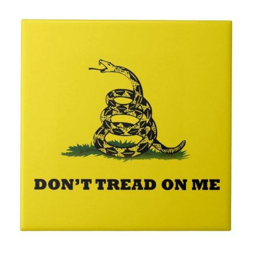 No pise en mí la bandera del gadston tejas  cerámicas