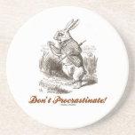 ¡No procrastine! (Conejo blanco) Posavasos Para Bebidas