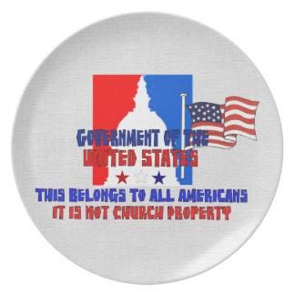 No propiedad de iglesia platos