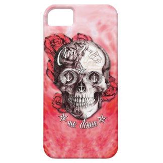 No puede atarme abajo del cráneo náutico en rojo y iPhone 5 Case-Mate carcasas