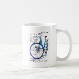 No puede comprar felicidad, bici azul taza de café