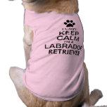 No puede guardar el perro tranquilo del labrador playera sin mangas para perro