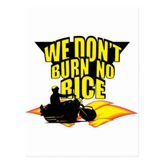 ¡No quemamos ningún arroz! Tarjeta Postal