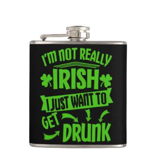 No realmente irlandés aquí conseguir palmaditas petaca