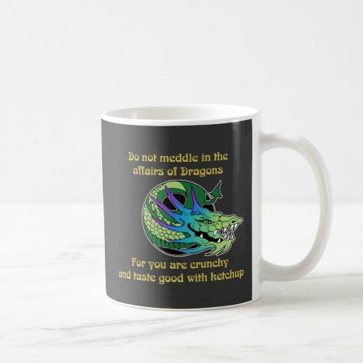 No se entrometa en los asuntos de dragones taza básica blanca
