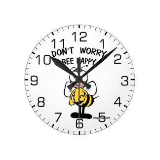 No se preocupe la abeja feliz reloj redondo mediano