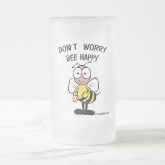 No se preocupe la abeja feliz taza de cristal