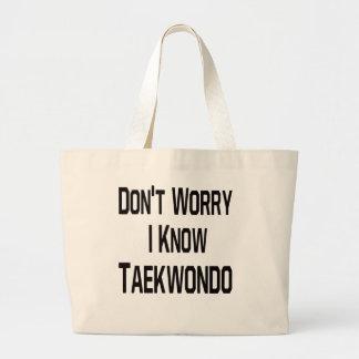 No se preocupe me conocen el Taekwondo Bolsas Lienzo
