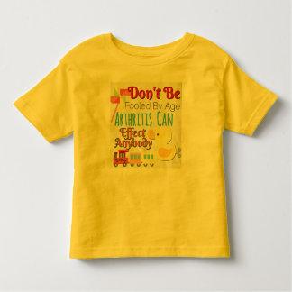 No sea engañado por la camisa de los niños de la