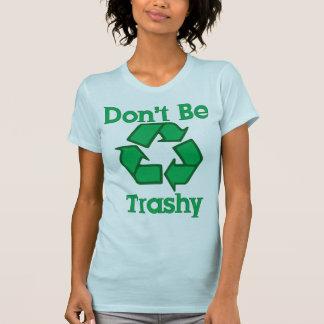 No sea inútil reciclan la camiseta del Día de la