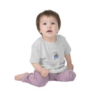No sea una camiseta del niño del enemigo de Seder