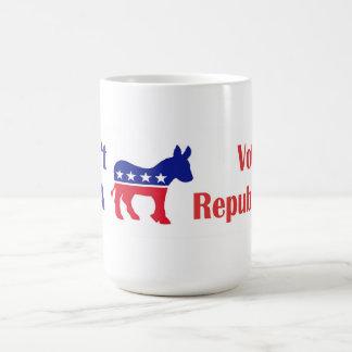 No sea una pegatina para el parachoques del burro taza de café