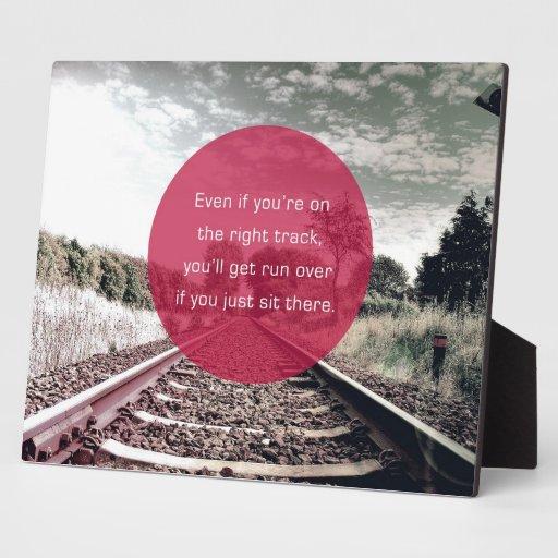 No siente en el lugar la cita de motivación del | placa para mostrar