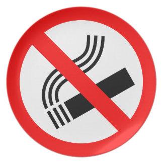 No smoking sign dinner plates