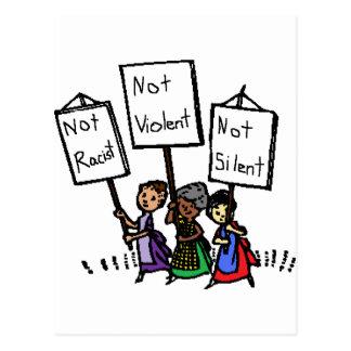 ¡No somos racistas, violentos, o silenciosos! Postales
