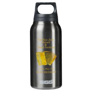 No soy acordeón apenas elegante y apuesto botella isotérmica de agua