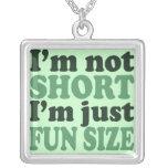 No soy apenas tamaño corto de la diversión joyerias