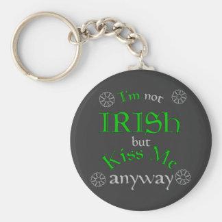 No soy irlandés sino me beso de todos modos llavero redondo tipo pin