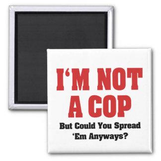 No soy poli imán cuadrado