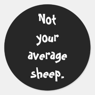 No sus ovejas medias pegatina redonda