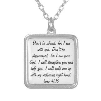 No tenga miedo para dios es con usted collar
