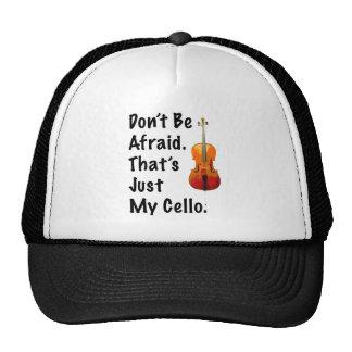No tenga miedo que apenas es mi violoncelo gorros bordados