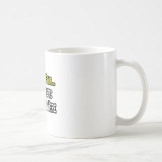 No tenga ningún miedo, el cirujano plástico está taza de café
