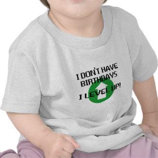 No tengo cumpleaños… camisetas