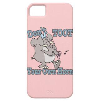 no toot su propio dibujo animado del elefante del funda para iPhone 5 barely there