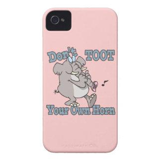 no toot su propio dibujo animado del elefante del iPhone 4 Case-Mate cárcasas