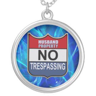 NO TRESPASSING - HUSBAND ROUND PENDANT NECKLACE