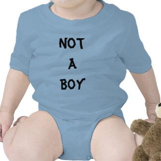 No un muchacho camiseta